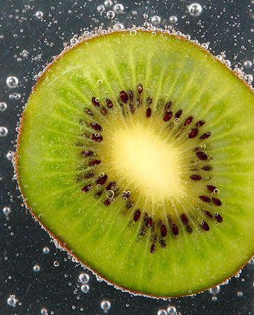 """Obrázek """"http://www.sitnprettyphoto.com/stilllife/bigimages/kiwi5879.jpg"""" nelze zobrazit, protože obsahuje chyby."""
